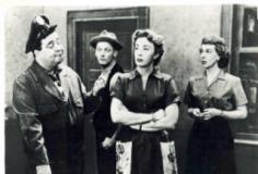 watch The Honeymooners S10 E13 online