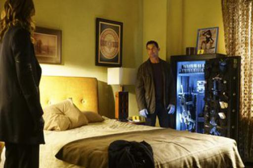 watch Castle S7 E20 online