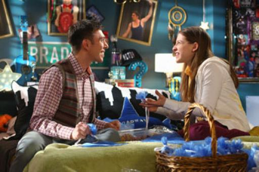 watch The Middle S6 E17 online