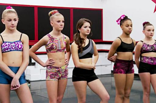 watch Dance Moms S4 E2 online