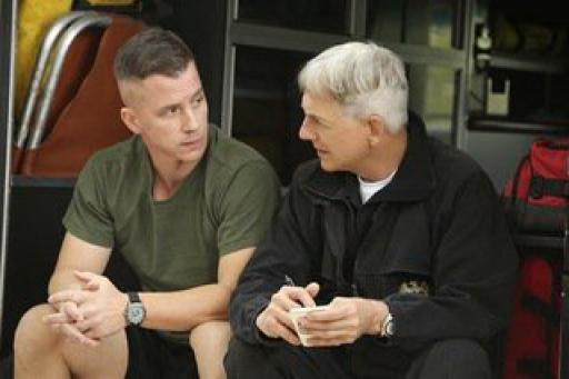 watch NCIS S12 E21 online