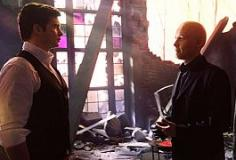 watch Smallville S10 E21 online