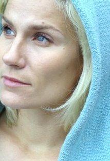 Laura Malmivaara Levottomat