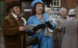 The Darling Buds of May S03E06
