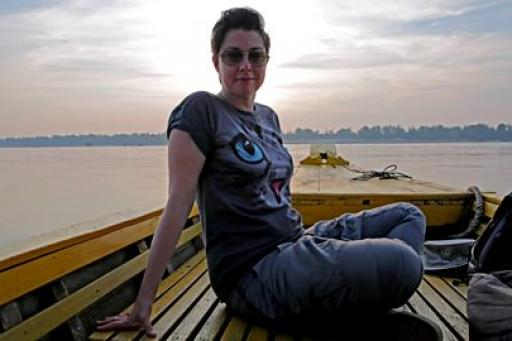The Ganges with Sue Perkins S01E03