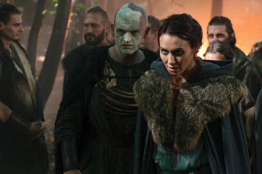 Barbarians Rising S01E08